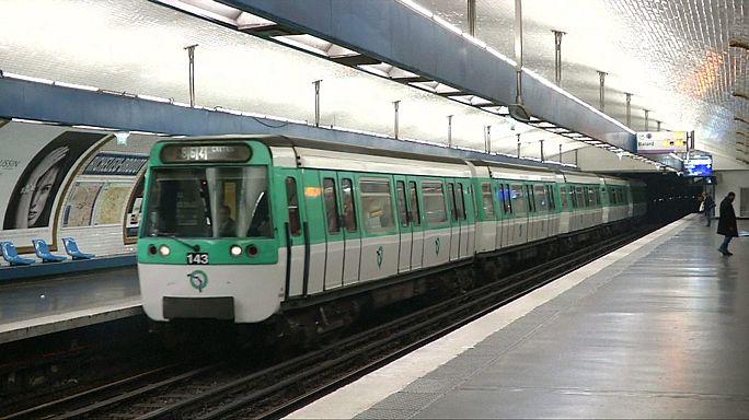 Picco di smog: targhe alterne e metro gratis a Parigi