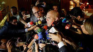 Venezuela'da hükümet ve muhalefet arasındaki diyalog süreci tıkandı