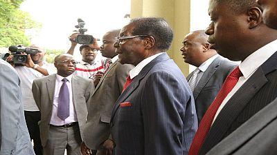 Zimbabwe: Mugabe appeals for calm amid economic crisis