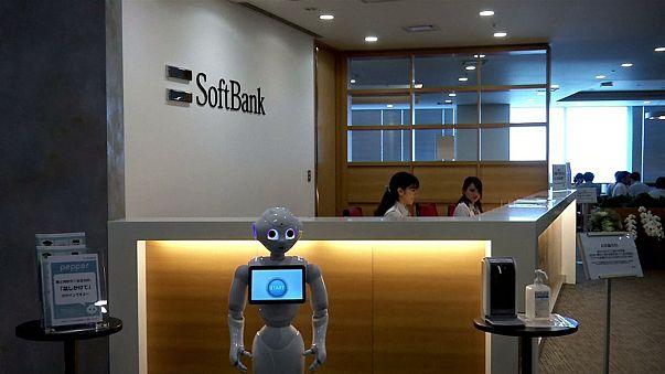 Usa: Trump annuncia, la giapponese Softbank investirà 50 miliardi