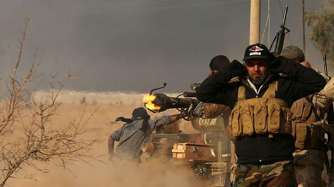 قتال شرس في الموصل وانباء عن انسحاب الجيش من أحياء شرق المدينة