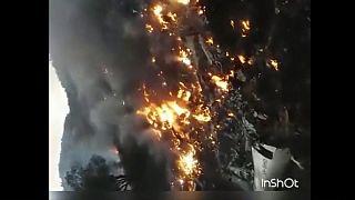Égve zuhant le a pakisztáni utasszállító