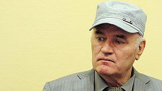 El Tribunal Penal Internacional para la ex Yugoslavia (TPIY) pide cadena perpetua para Ratko Mladic