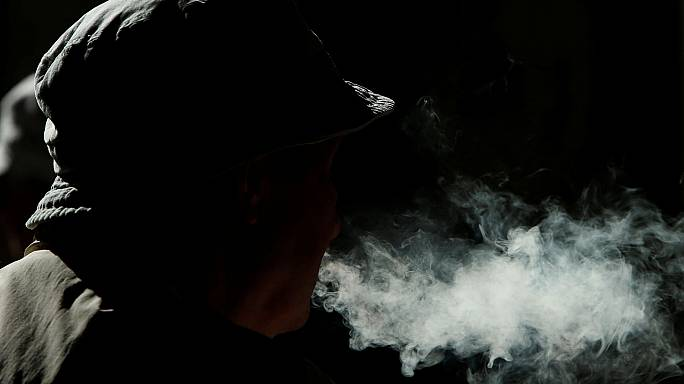 One quarter of people living in the EU smoke tobacco, new statistics reveal