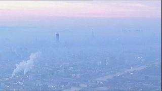 Limitazioni al traffico nella città europee immerse nello smog