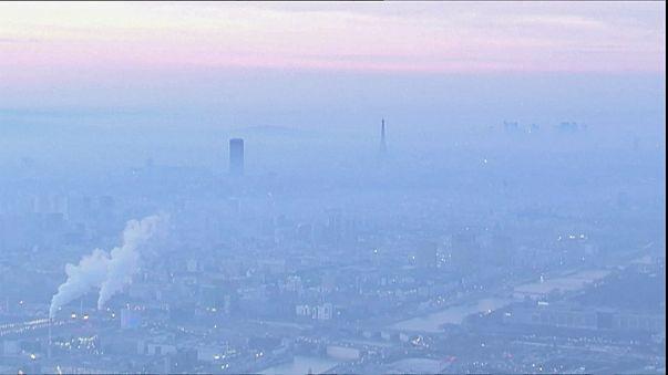 Γαλλία: Έκτακτα μέτρα για την καταπολέμηση της ατμοσφαιρικής ρύπανσης στο Παρίσι