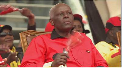 La retraite politique du président angolais se précise