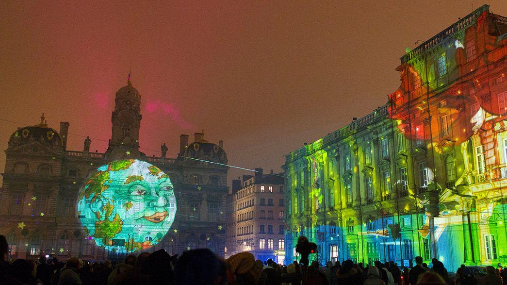 الأضواء تزين ليون في عيدها السنوي