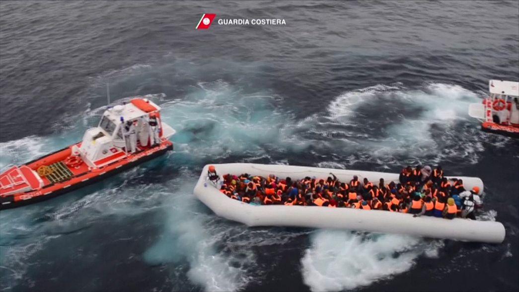 """Un député danois suggère des """"tirs de sommation"""" vers les migrants en Méditerranée"""