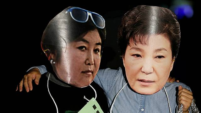 """La présidente Park victime d'une """"Raspoutine"""""""