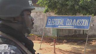 Les Ghanéens attendent les résultats de l'élection présidentielle dans une atmosphère tendue