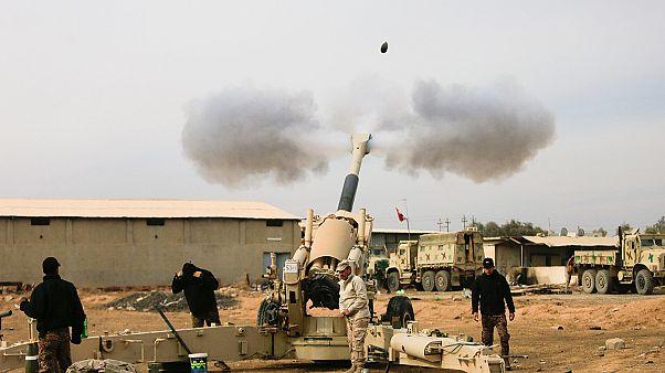 Irak topçu birlikleri, Musul'un güneydoğusunu vuruyor