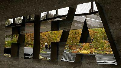Football : deux dirigeants africains bannis à vie par la FIFA