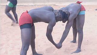 Sénégal : la « lutte avec frappe » fait courir de plus en plus de jeunes