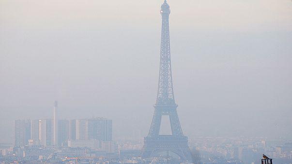 Paris'te farelere temizlik operasyonu
