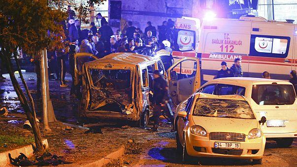 Un atentado junto al estadio de Estambul deja al menos 13 muertos y 38 heridos