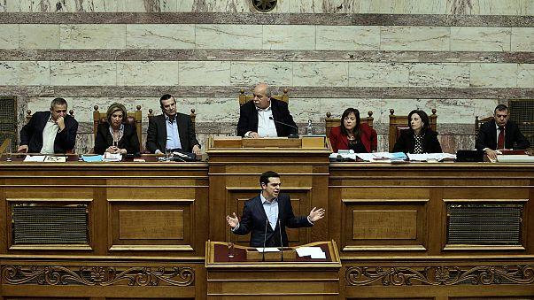 Griechischer Haushalt verabschiedet, Tsipras setzt auf Wachstum