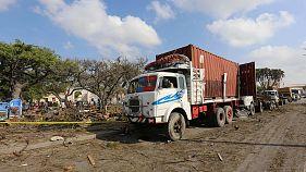 Somalia: deadly blast near Mogadishu port kills dozens