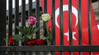 Bosszút ígért a szombati merényletekért a török belügyminiszter