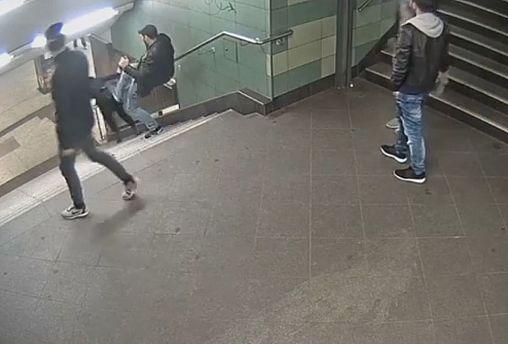Watch: horrific attack on the Berlin metro