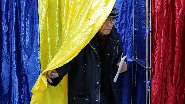 Romanya'da Sosyal Demokratlar seçimi önde tamamladı