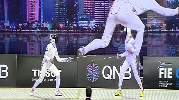 التونسية سارة بسباس تفوز بجدارة بالجائزة الكبرى للمبارزة بالسيوف في الدوحة