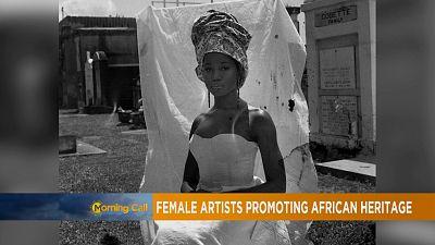 Des femmes artistes africaines qui célèbrent l'héritage culturel africain