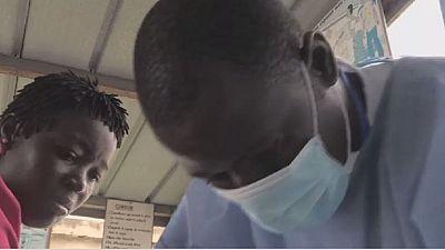 Côte d'Ivoire : kiné respiratoire pour lutter contre la pneumonie