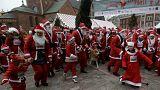 Avrupa sokaklarında Noel Babalar