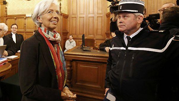 """Christine Lagarde, serena en el banquillo de los acusados por el """"Caso Tapie"""""""