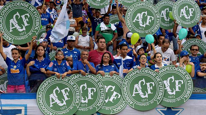 العائلة الرياضية في البرازيل تكرم فريق تشابكوينسي