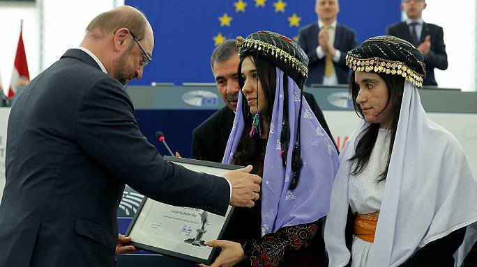 Versklavte Jesidinnen nehmen Sacharow-Preis entgegen