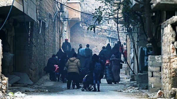 ویدئوها و توییت هایی از شرق حلب، در آستانه شکست کامل مخالفان مسلح