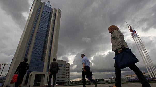 Petrolio: la russa Gazprom in Iran per lo sviluppo di due giacimenti