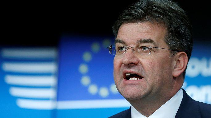 Nem fagyasztja be a kapcsolatokat az Európai Unió Törökországgal