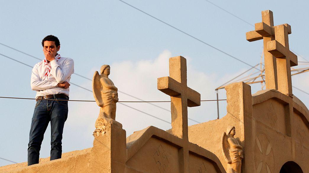 EI revendique l'attentat contre l'Église copte et menace de recommencer