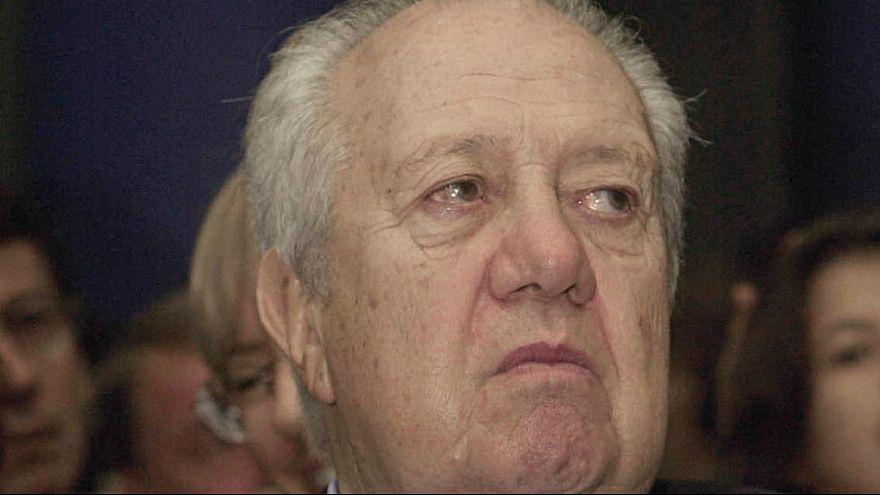"""Ex-PR de Portugal, Mário Soares mantém-se """"inconsciente, mas reage a estímulos"""""""