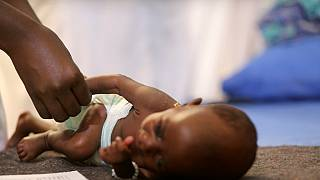 De la nourriture de bébés « made in Nigeria » contre la malnutrition