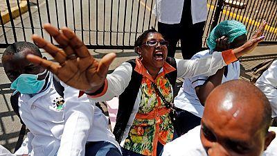 Kenya : les infirmières arrêtent leur grève