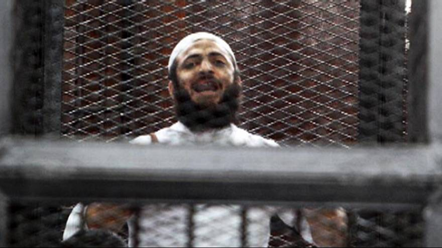 إعدام عادل حبارة المدان بقتل ٢٥ جنديا مصريا