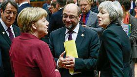 """Саммит ЕС обсуждает Сирию, миграцию, """"брексит"""""""