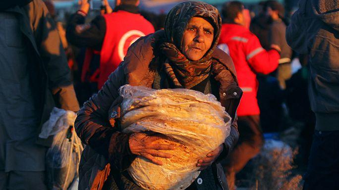 Десятки тысяч человек ждут эвакуации из восточных кварталов Алеппо