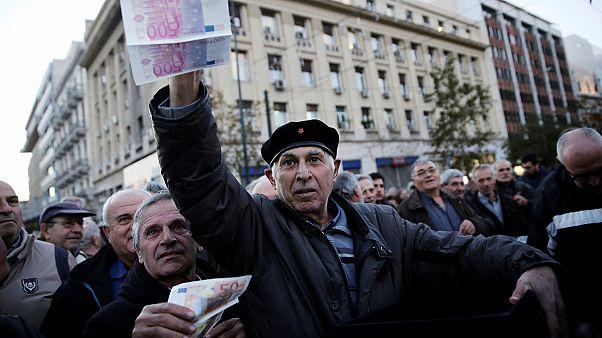 Nyugdíjasok ezrei Athén utcáin