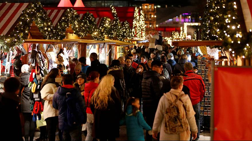 12 year-old boy 'attempts nail bombing' in Ludwigshafen Christmas market, City Hall