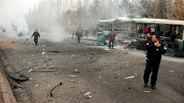 Many dead and wounded in Turkish bus blast