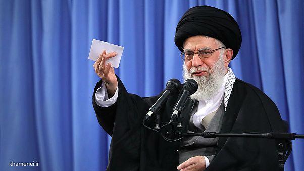 واکنش تند رهبر ایران به سخنان ترزا می: بیشرمانه میگویند ایران تهدید است