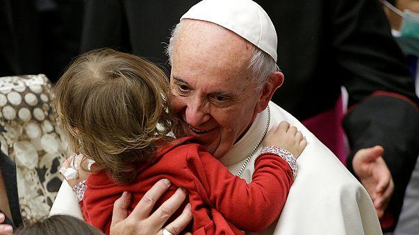 البابا فرنسيس يحتفل بعيد ميلاد الـ 80