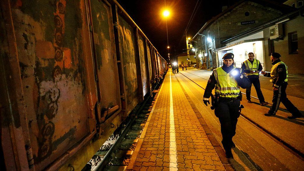 Áustria revista comboios italianos à procura de refugiados