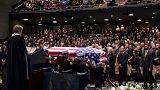 Astronot John Glenn için cenaze töreni