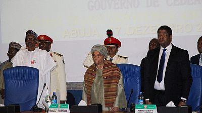 Réunis au Nigéria, les chefs d'états de la CEDEAO durcissent le ton contre Yahya Jammeh